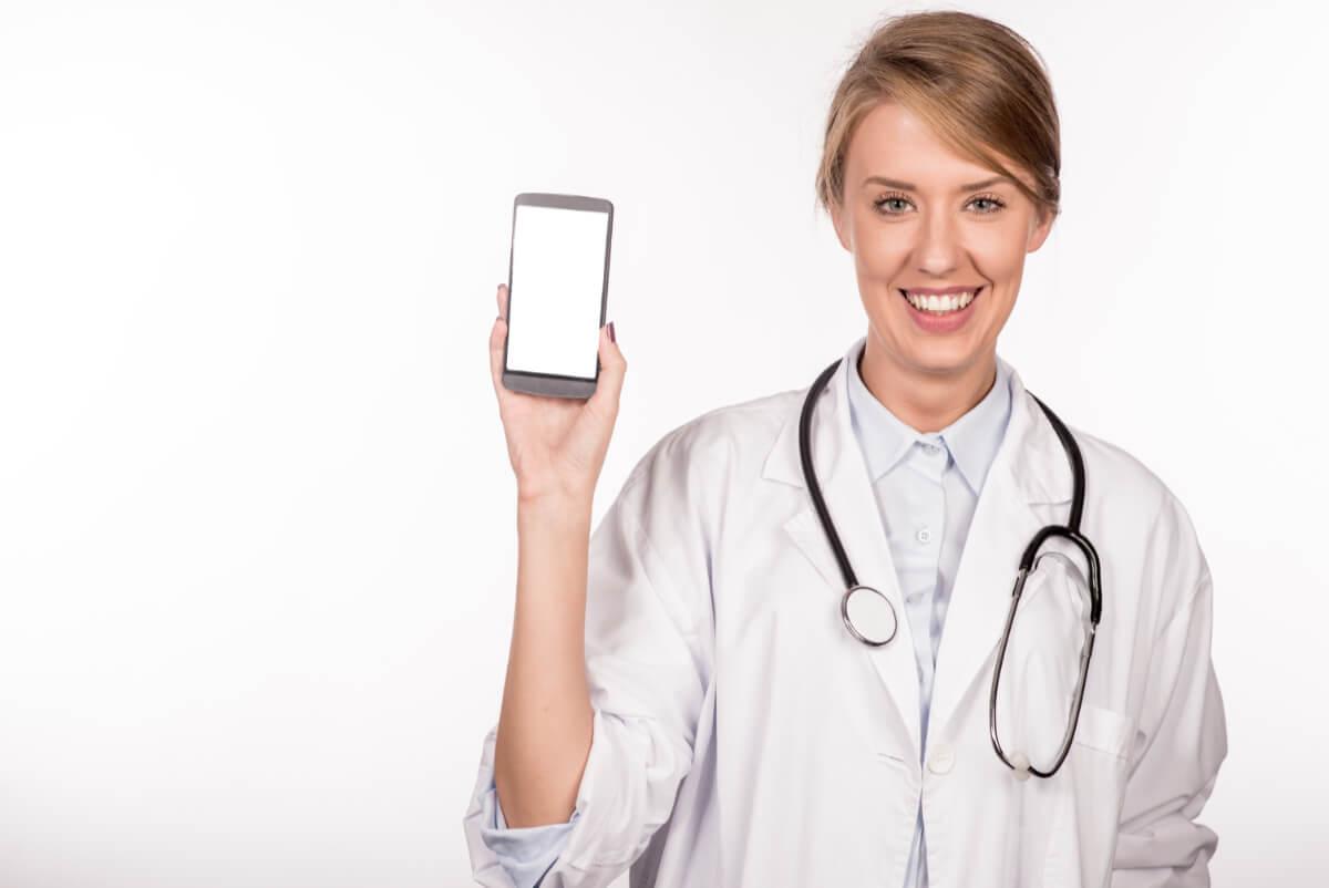 Teleporady medyczne – kto i kiedy może z nich skorzystać